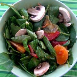 Springtime Spinach Salad OZAHIRU