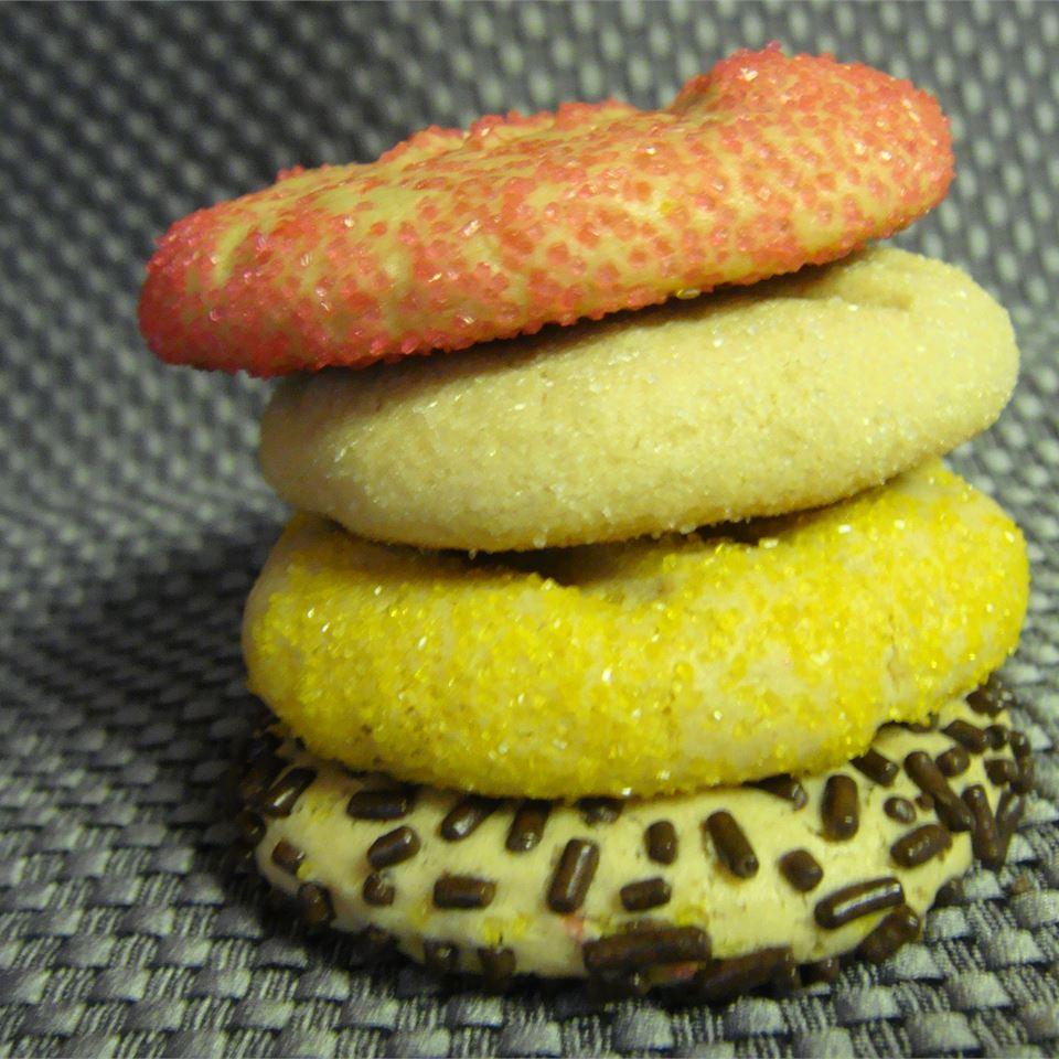 Easy Peanut Butter Cookies BECCAP