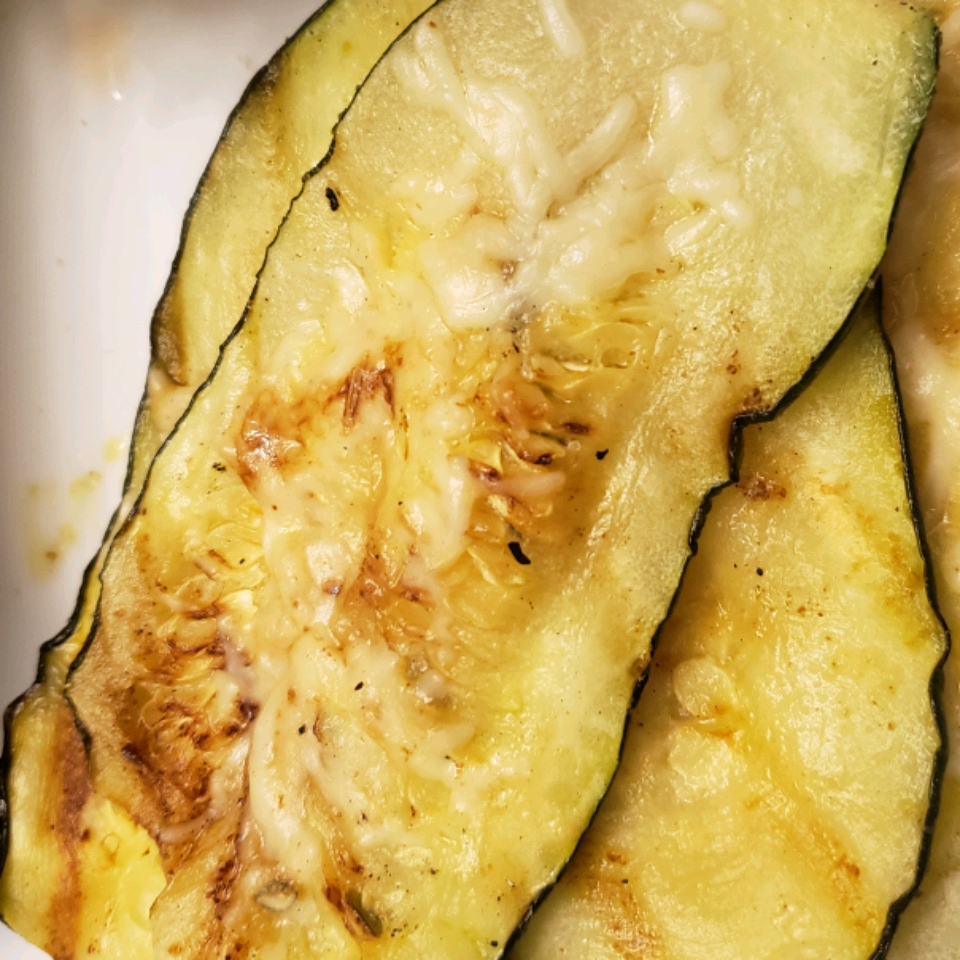Grilled Parmesan Zucchini splumlee