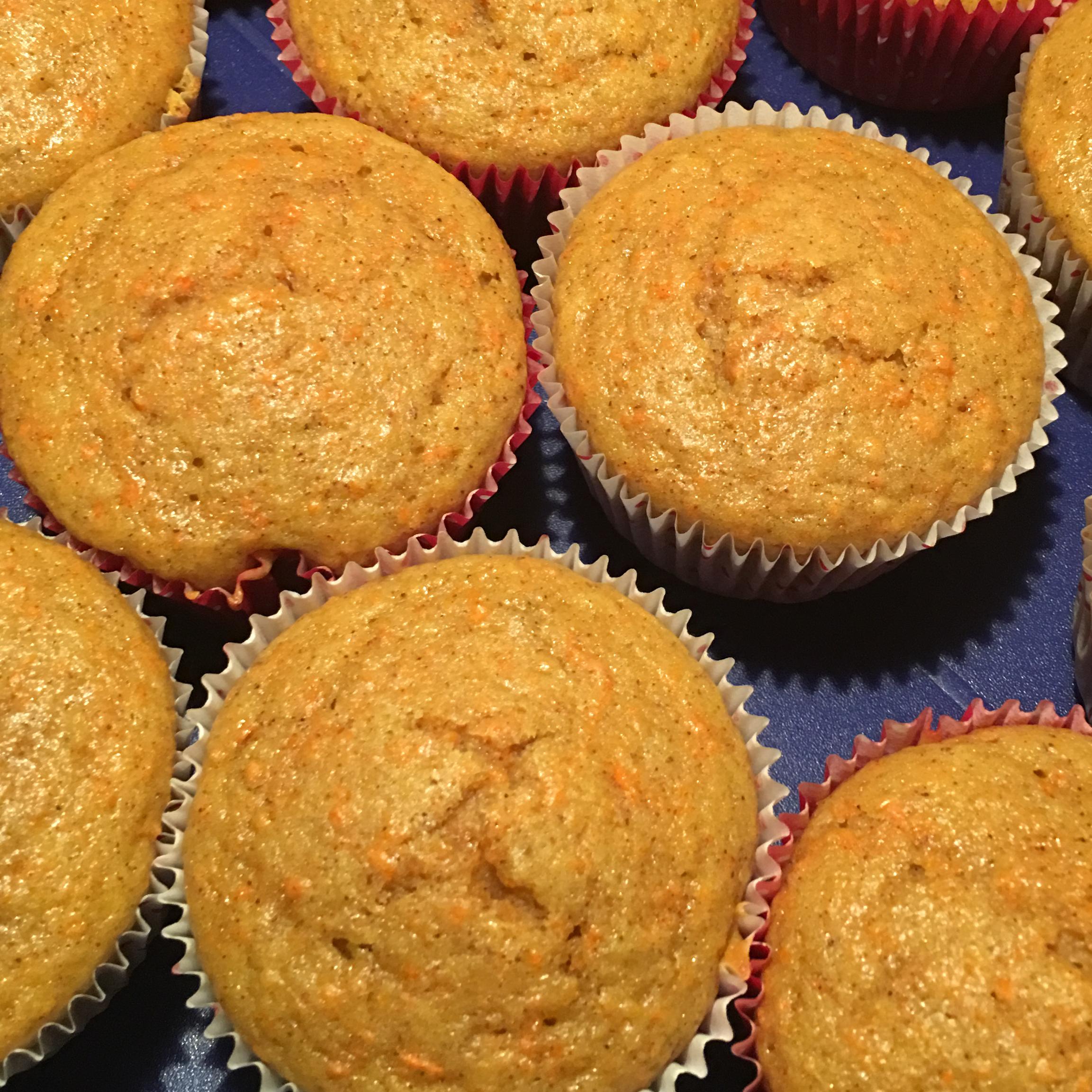 Carrot Cake Muffins Lisa Barlow