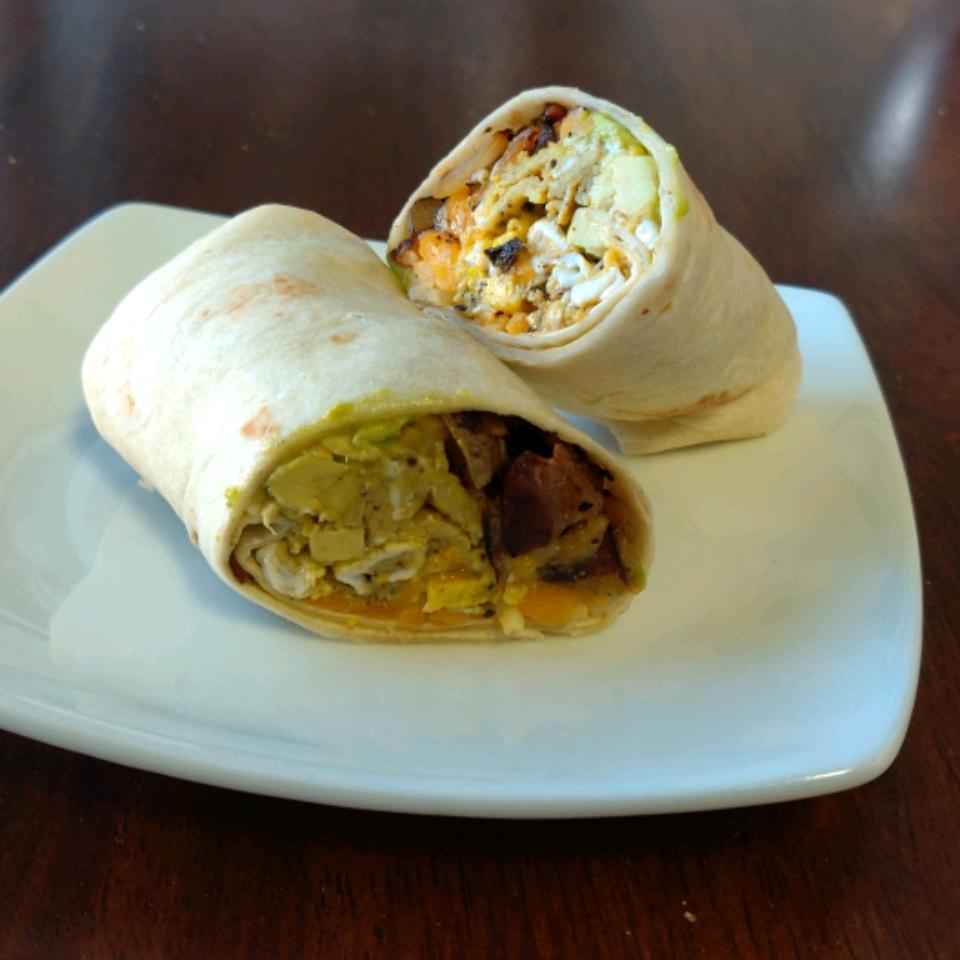 Flannery's Bacon Avocado Burritos mommyluvs2cook
