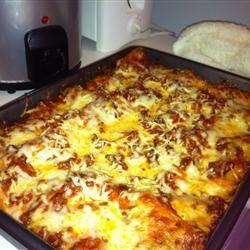 Alysia's Basic Meat Lasagna misty<3