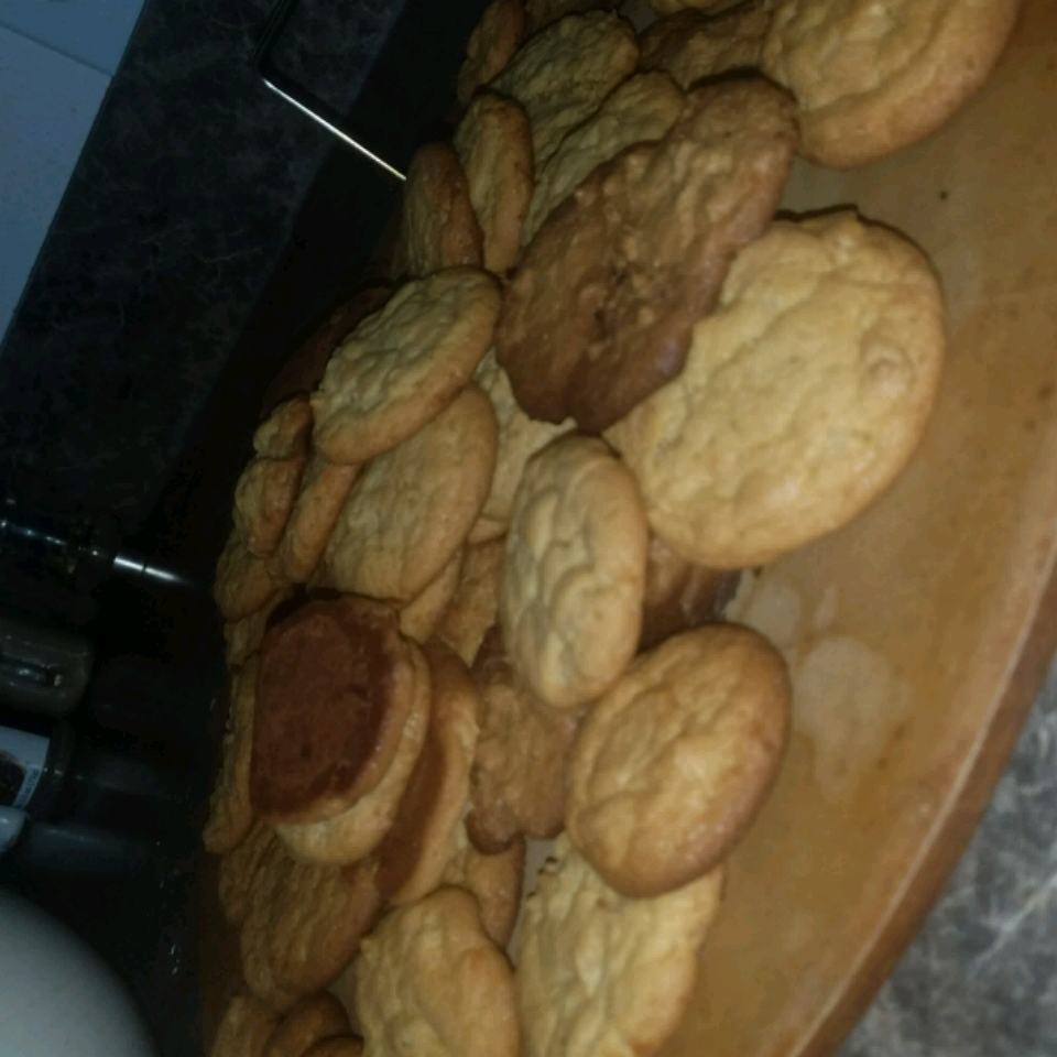 Peanut Butter Cookies II Anonymous