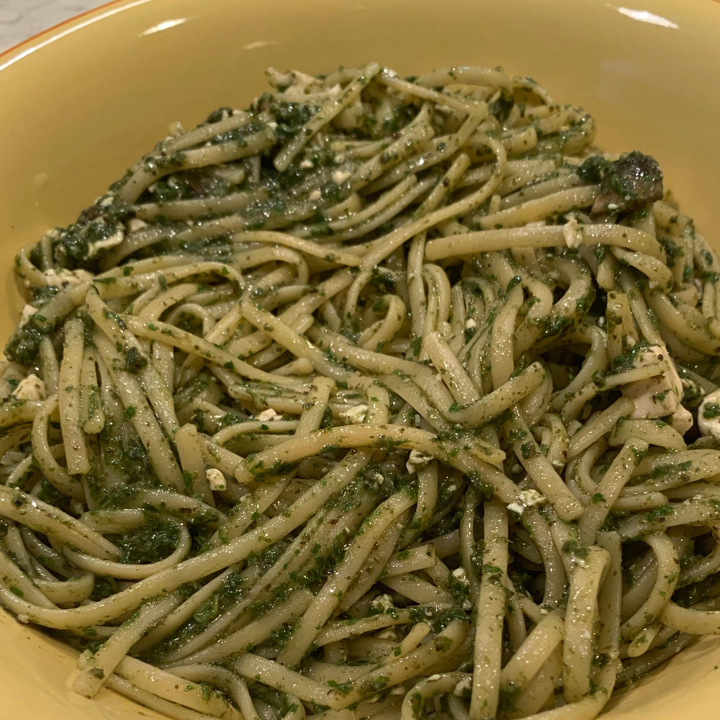 Vegan Linguine With Spinach Pesto