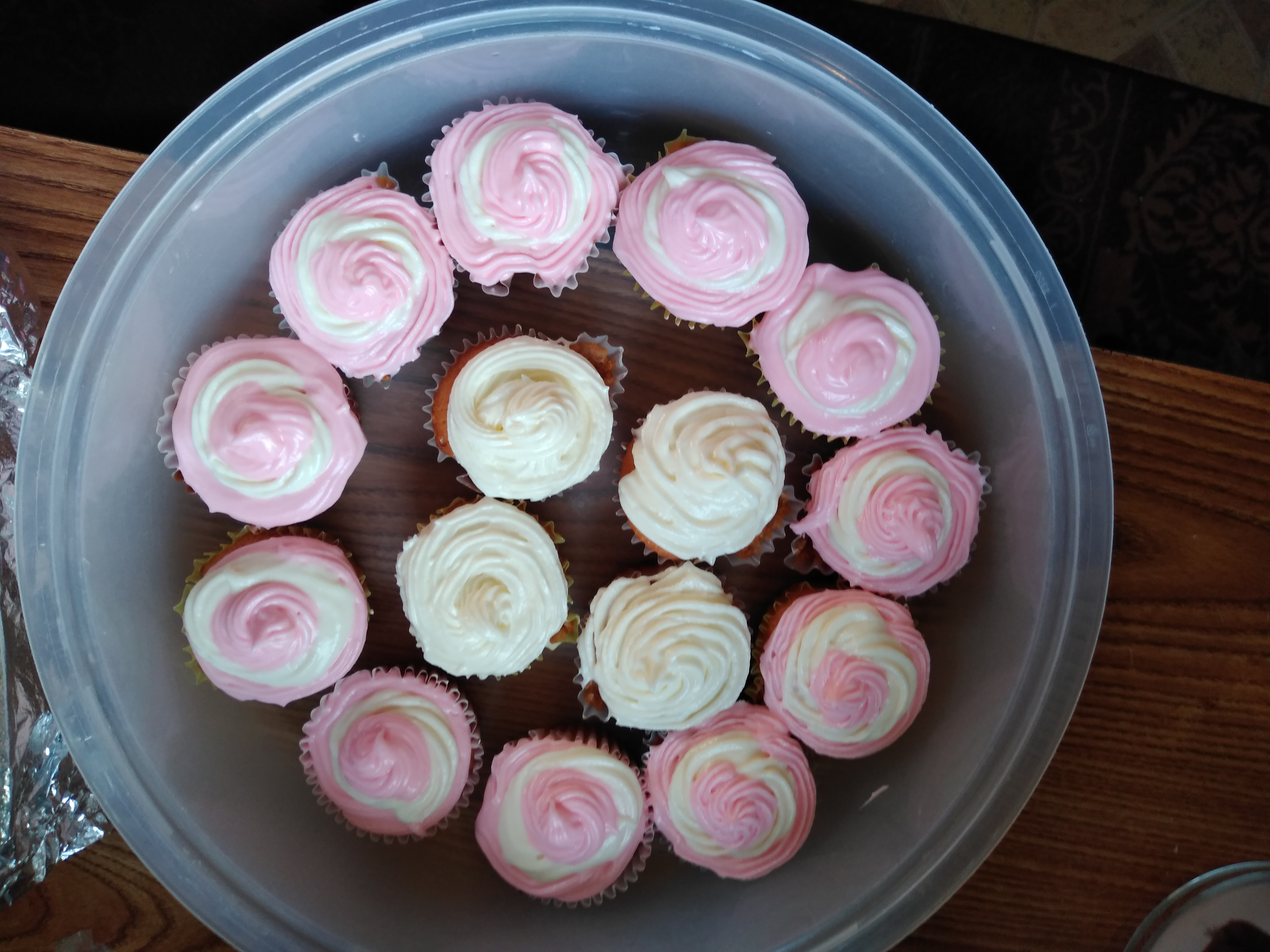 Frosted Pink Lemonade Cupcakes Wendolyn Williams