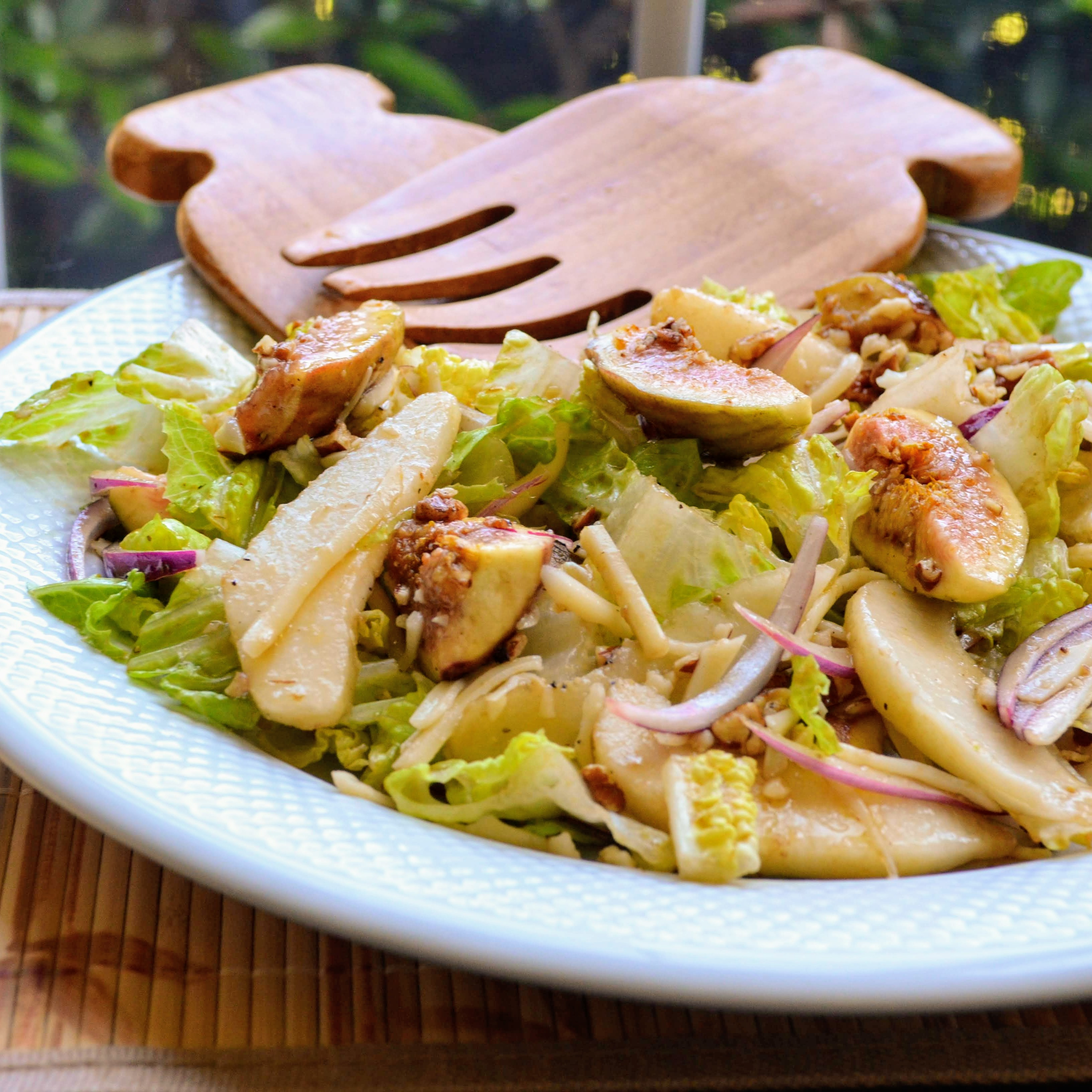 Pear-Fig Salad