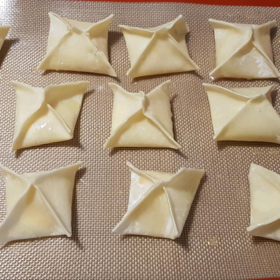 Baked Cream Cheese Wontons Gombeto