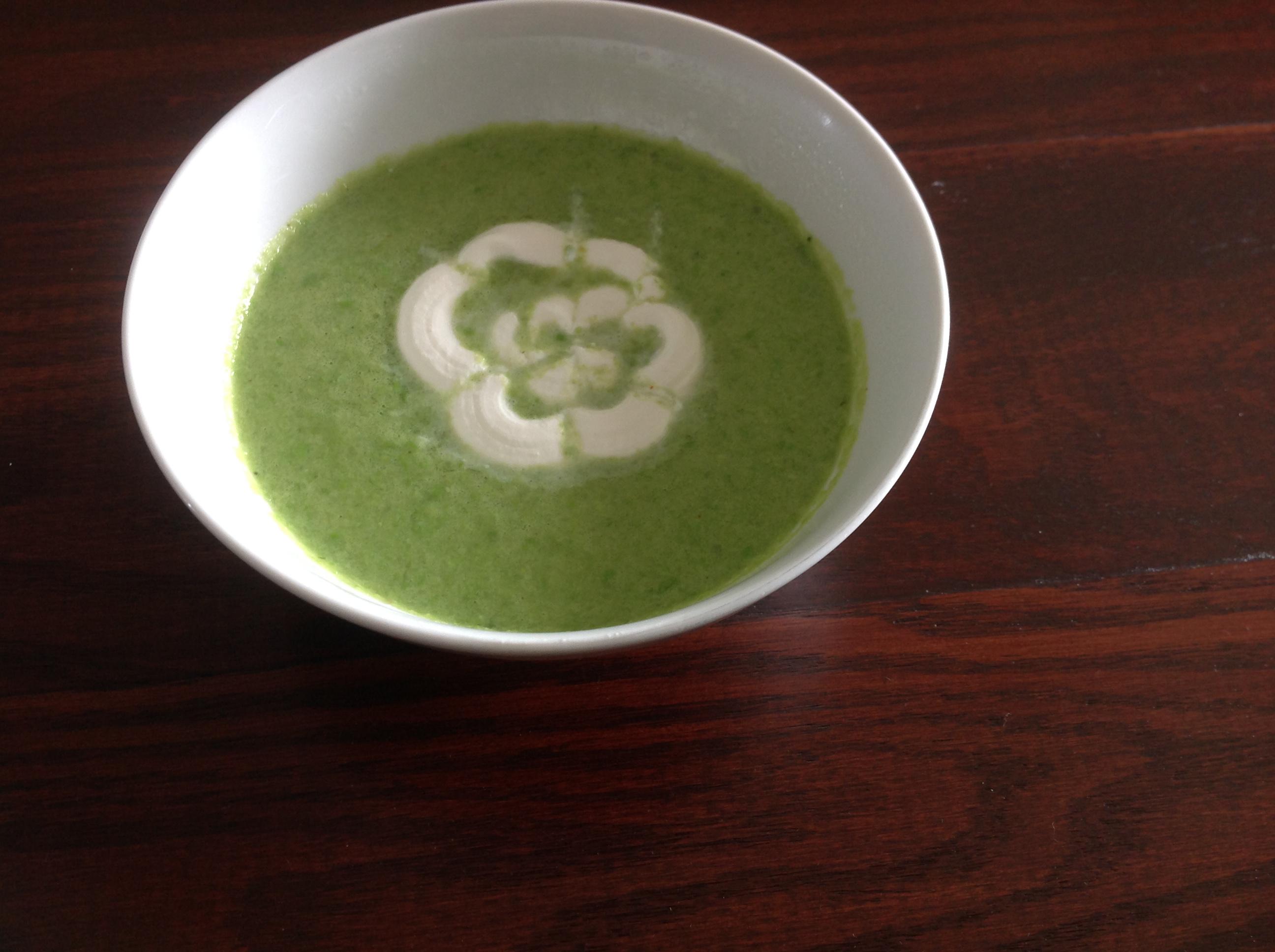 Chilled Sugar Snap Pea Soup billme123