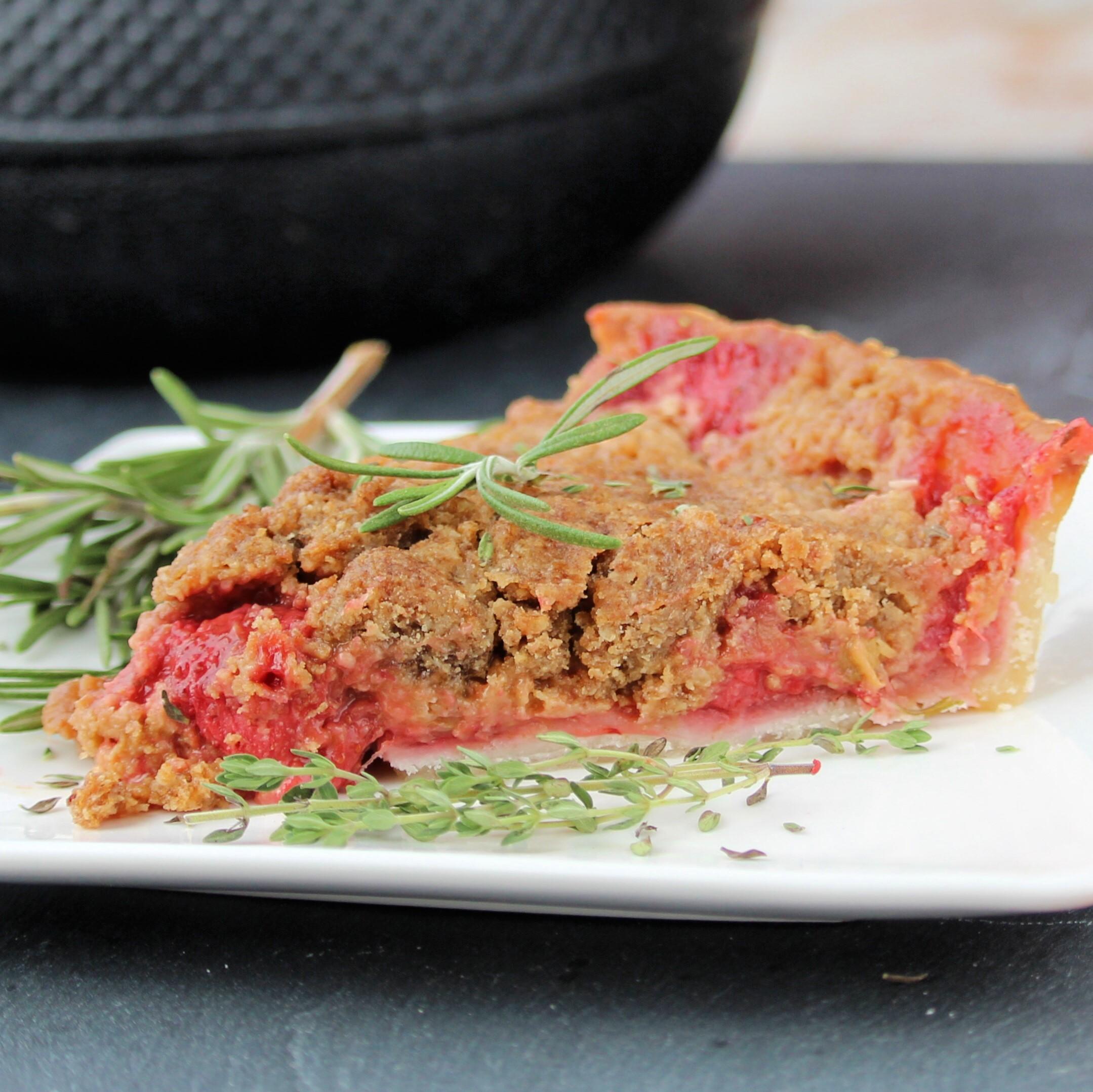 Rhubarb-Strawberry Herb Crumble Pie