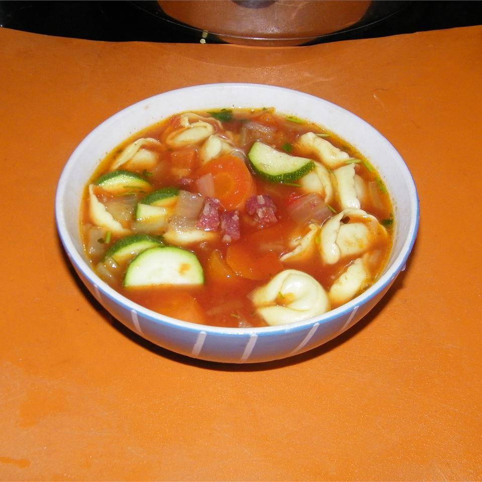 Tortellini Soup I Donna