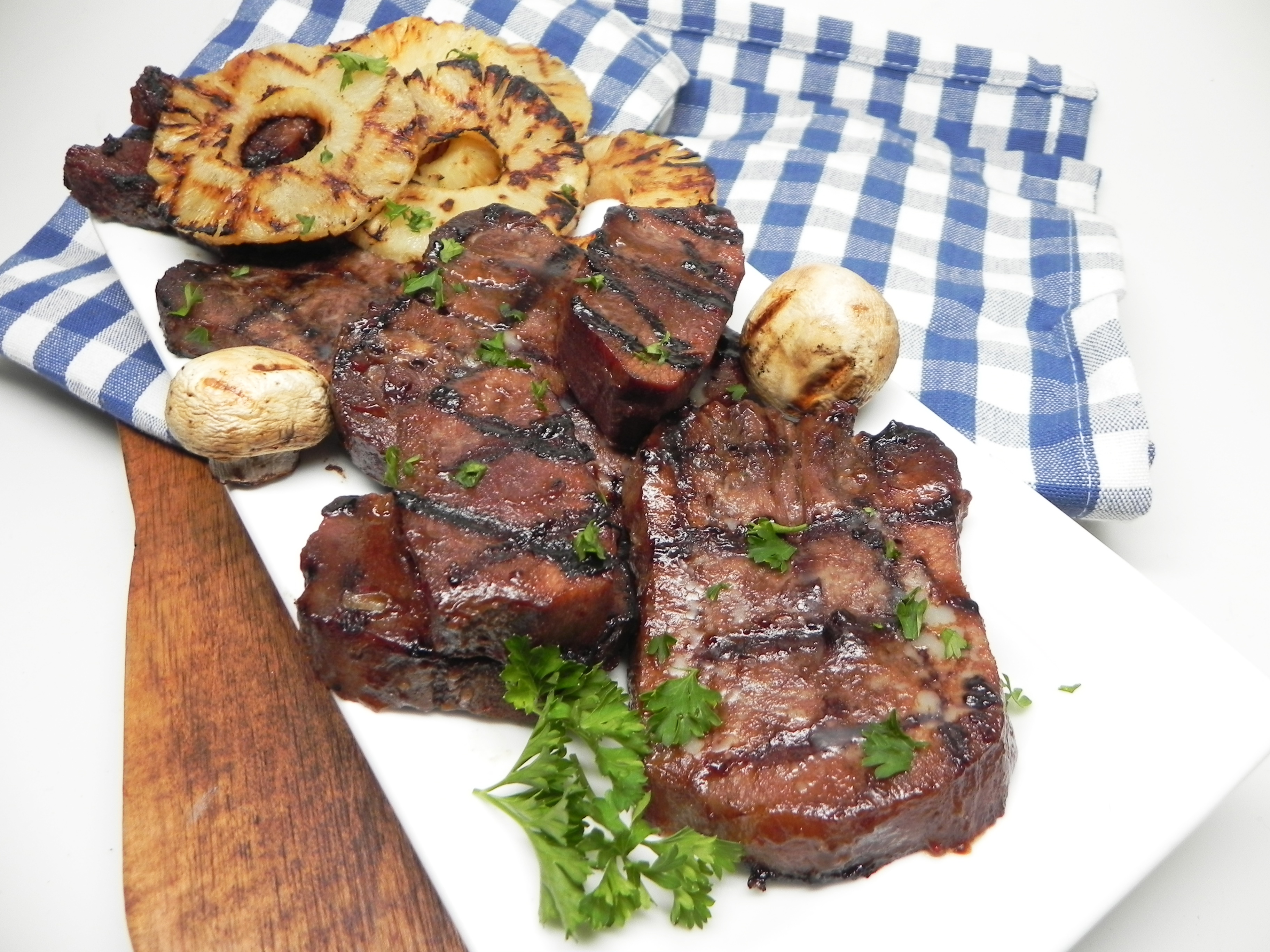 Teriyaki Grilled Beef Tongue with Pineapple