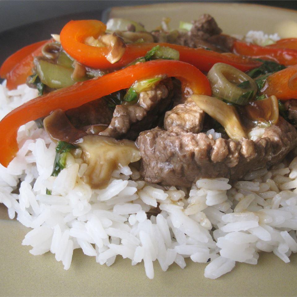 Japanese Beef Stir-Fry mommyluvs2cook