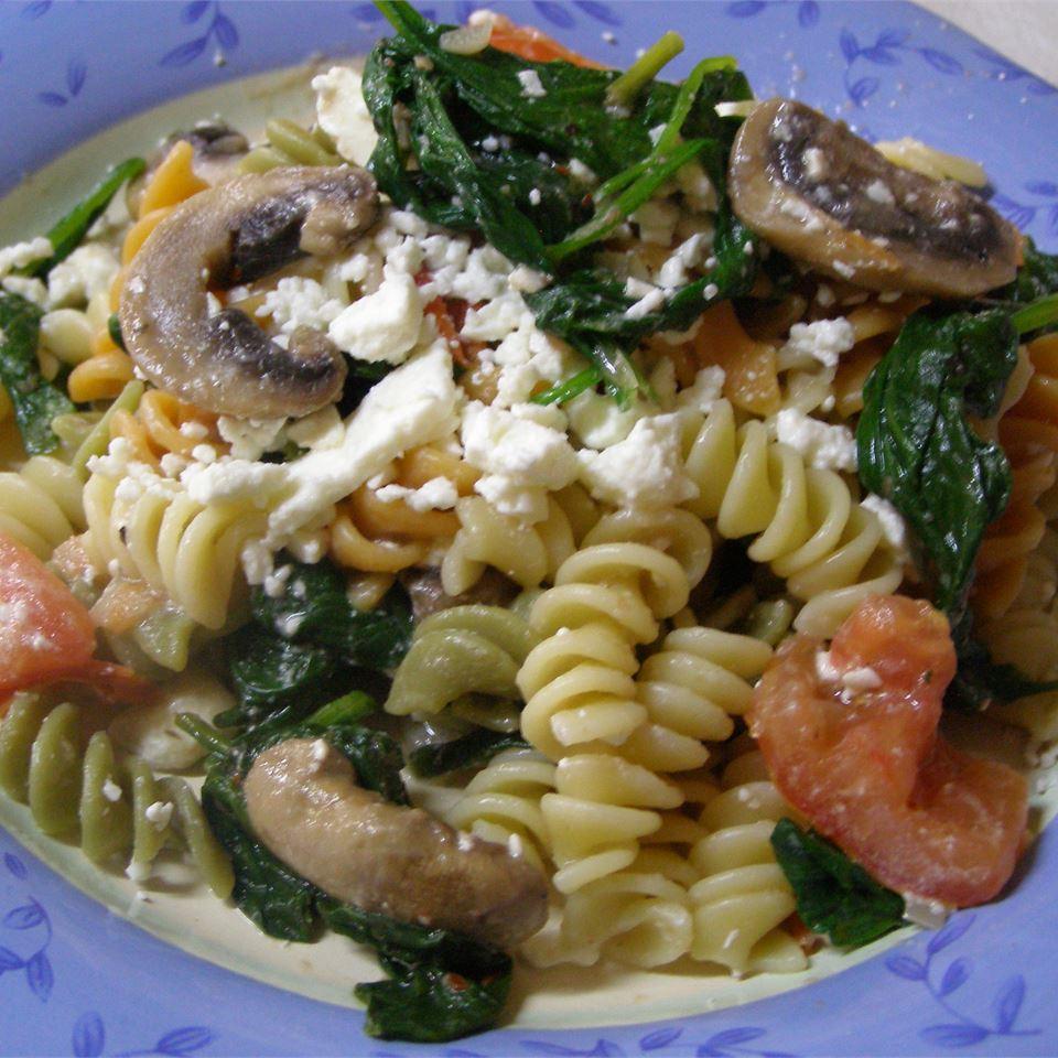 Suki's Spinach and Feta Pasta Casablancaise