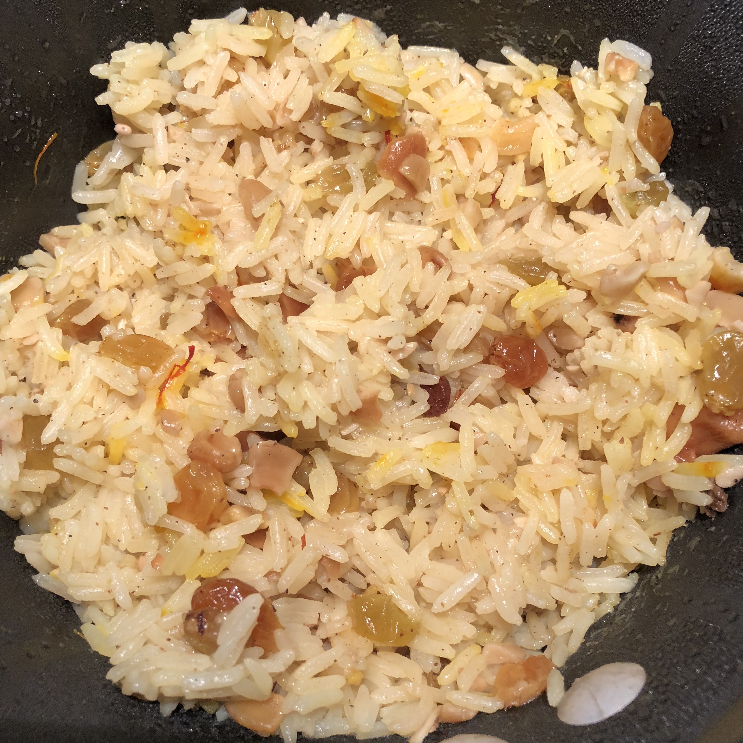 Saffron Rice with Raisins and Cashews Mel
