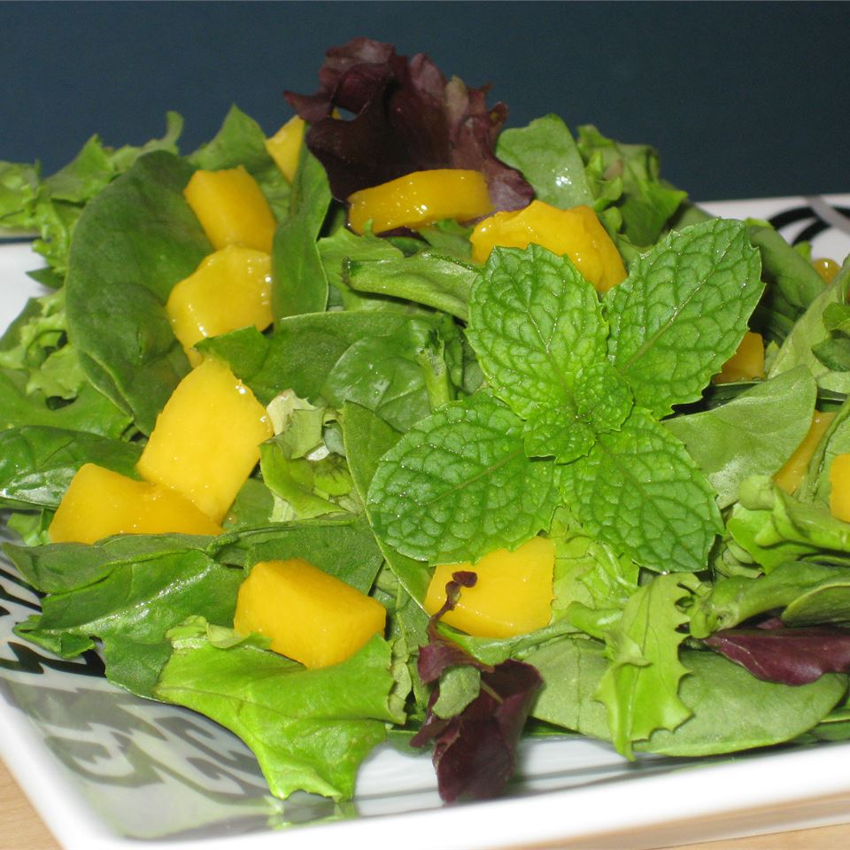 Refreshing Summertime Salad Fit&Healthy Mom