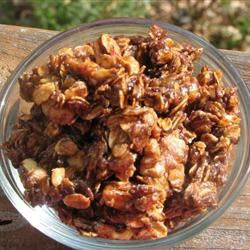 Easy-Peezy Caramel Granola