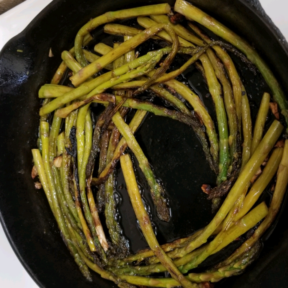 Sauteed Garlic Asparagus Jan