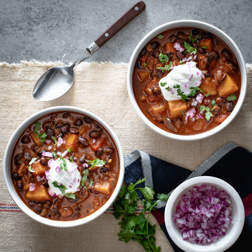 Black beans and tender, sweet butternut squash make this healthy vegetarian chili truly satisfying. Load up bowls and top with Greek yogurt, cilantro and minced red onion for game night or a Meatless Monday meal. Or skip the yogurt and keep this healthy dinner vegan. Source: EatingWell.com, August 2019