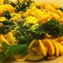 Vegan Lentil, Kale, and Red Onion Pasta