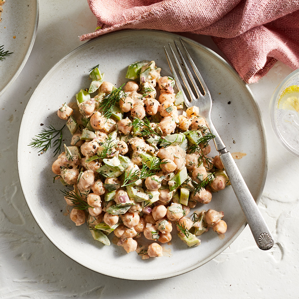 This chickpea salad is a vegetarian version of a classic chicken salad--and, thus, can be eaten in the exact same way. Let's be clear, though: it doesn't taste like chicken, but it is a delicious (and fiber-packed) vegetarian alternative! Plus, it's easily transportable, perfect for picnics and will surely step up your sad desk lunch. Source: EatingWell.com, October 2019