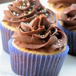 Peanut Butter Cupcakes 93CAMILLA39