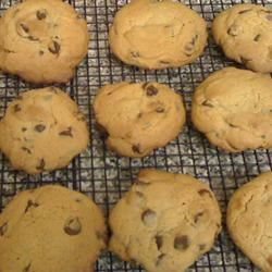 Soft Chocolate Chip Cookies I Kimmi