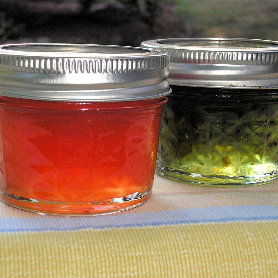 Hot Pepper Jelly Lori