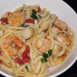 Linguine with Seafood and Sundried Tomatoes PamMar