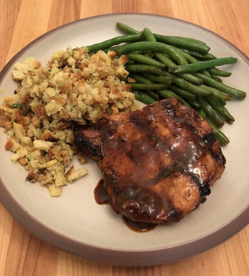 Sticky Garlic Pork Chops