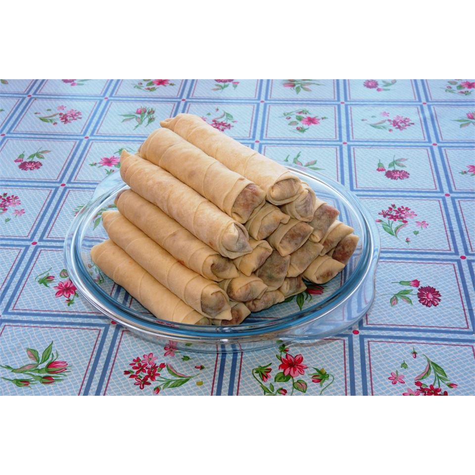 Traditional Filipino Lumpia mr_meg