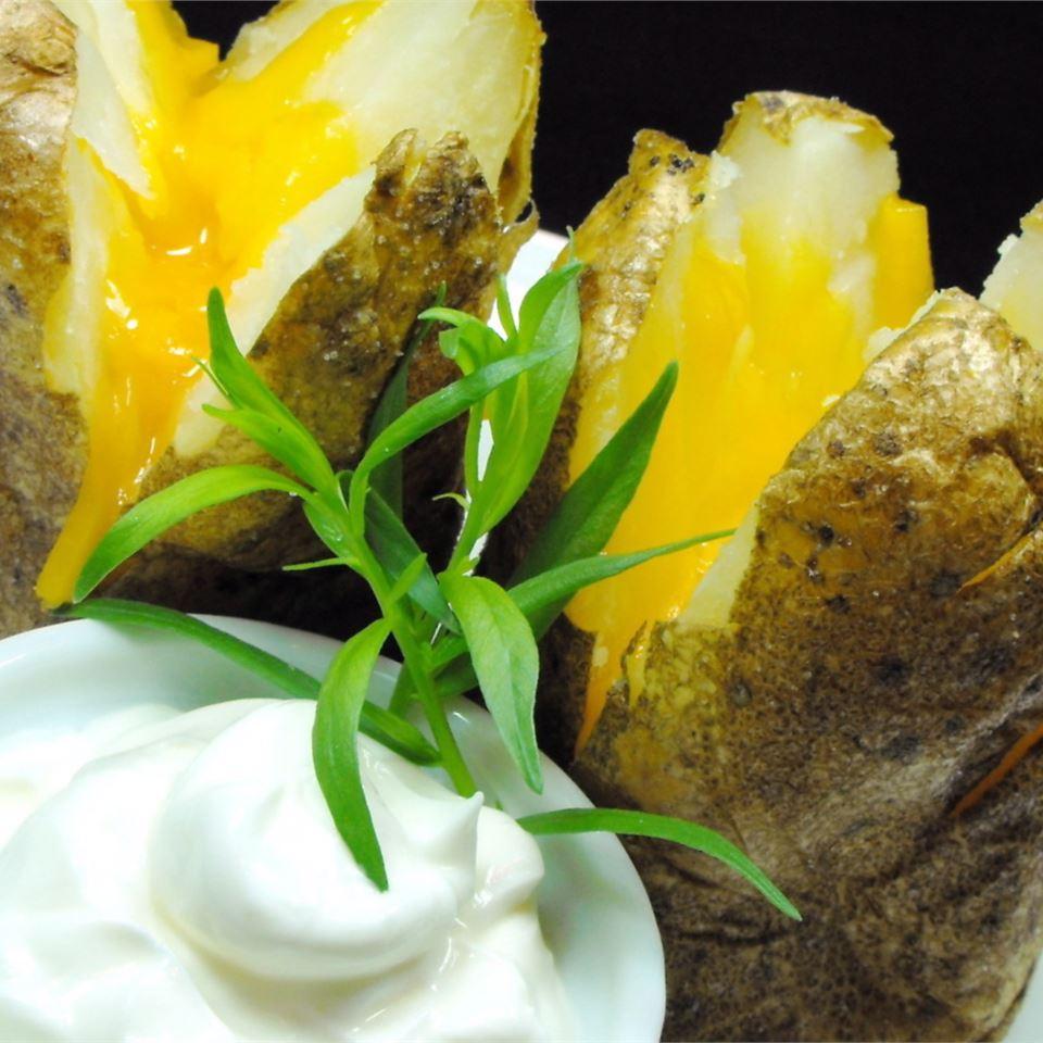 Garlic Baked Potato bellepepper