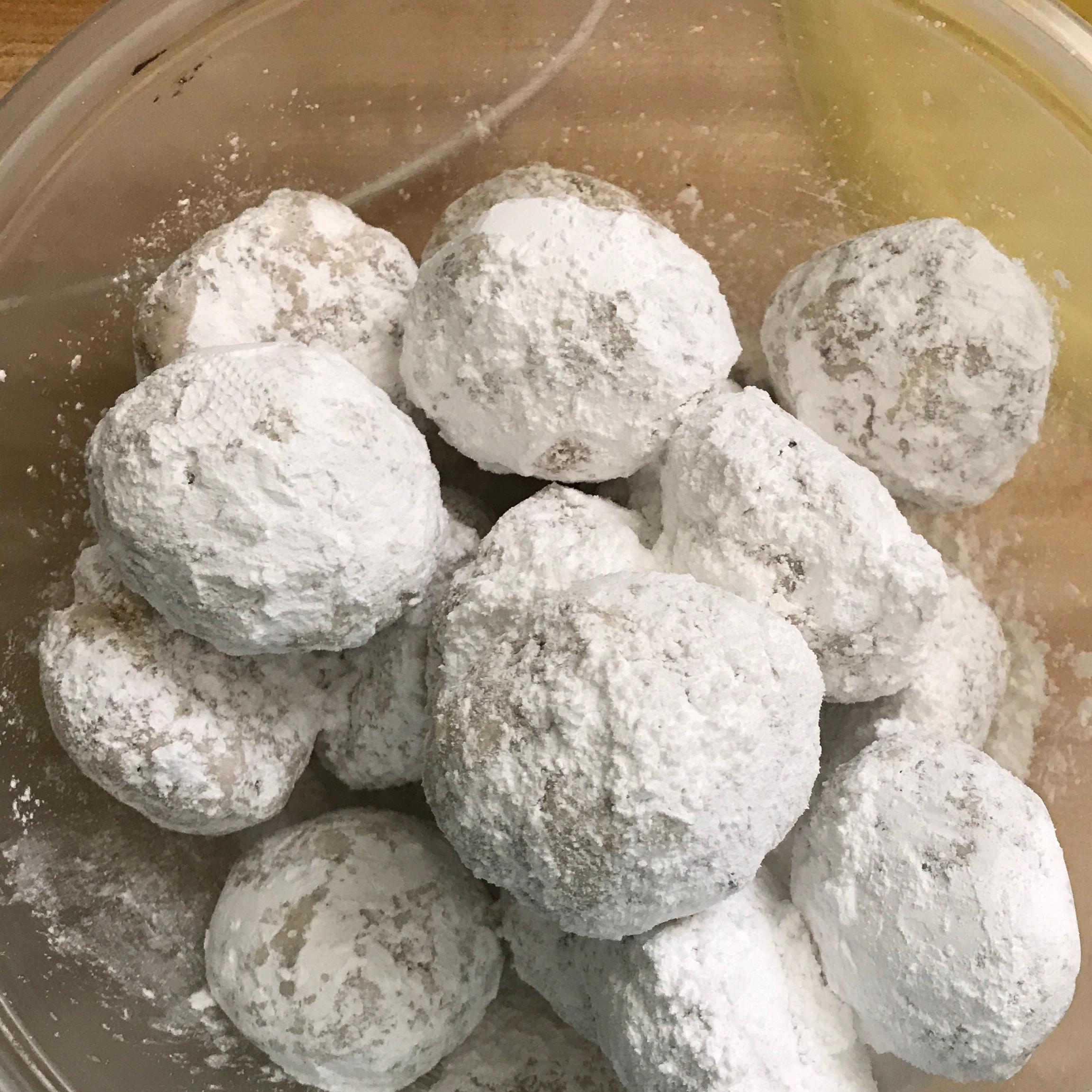 Pecan Butter Balls Lori White