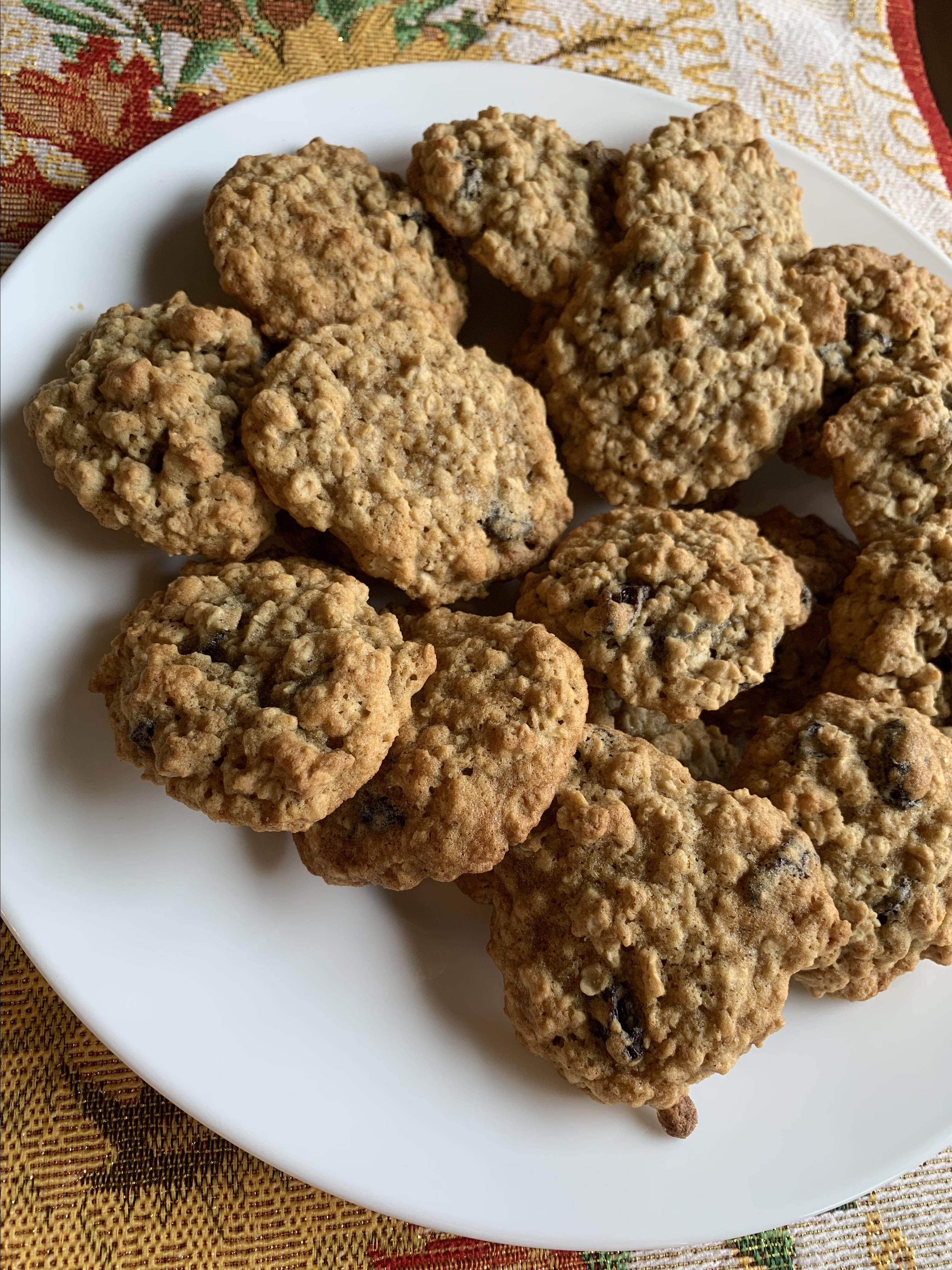Oatmeal Raisin Cookies I Kimberly Potter