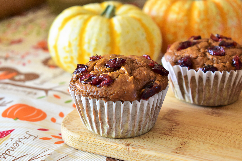 Healthy Whole Wheat Spiced Pumpkin Muffins