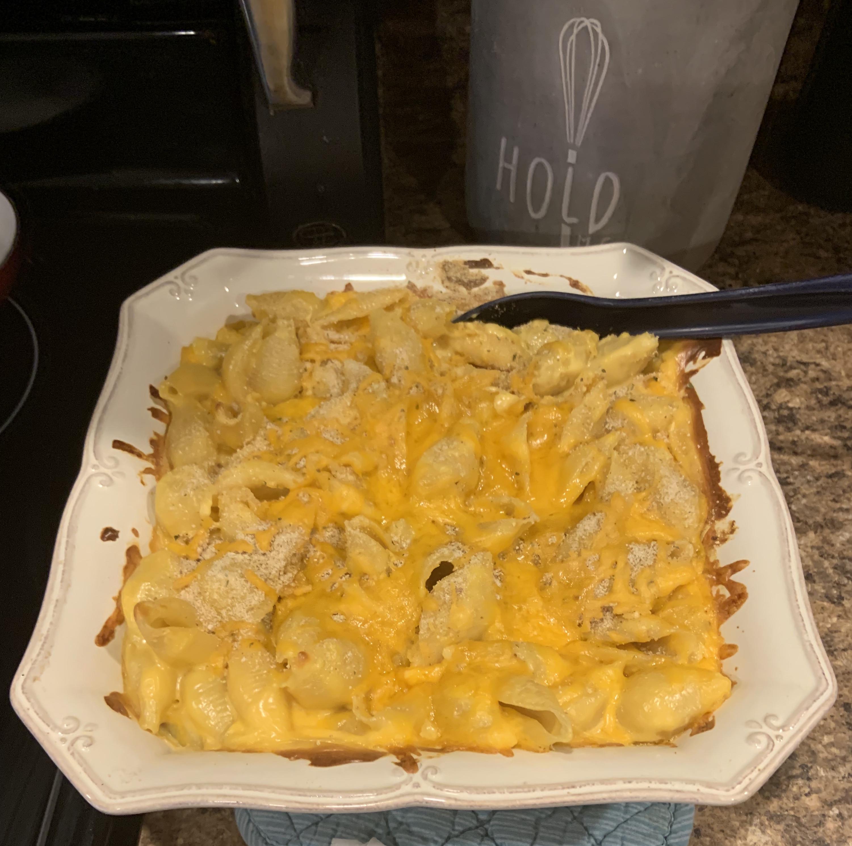 VELVEETA® Down-Home Macaroni and Cheese BoPeep2012