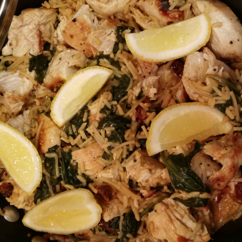 Tuscan Chicken Skillet with Kale & Sun-Dried Tomatoes Deenie