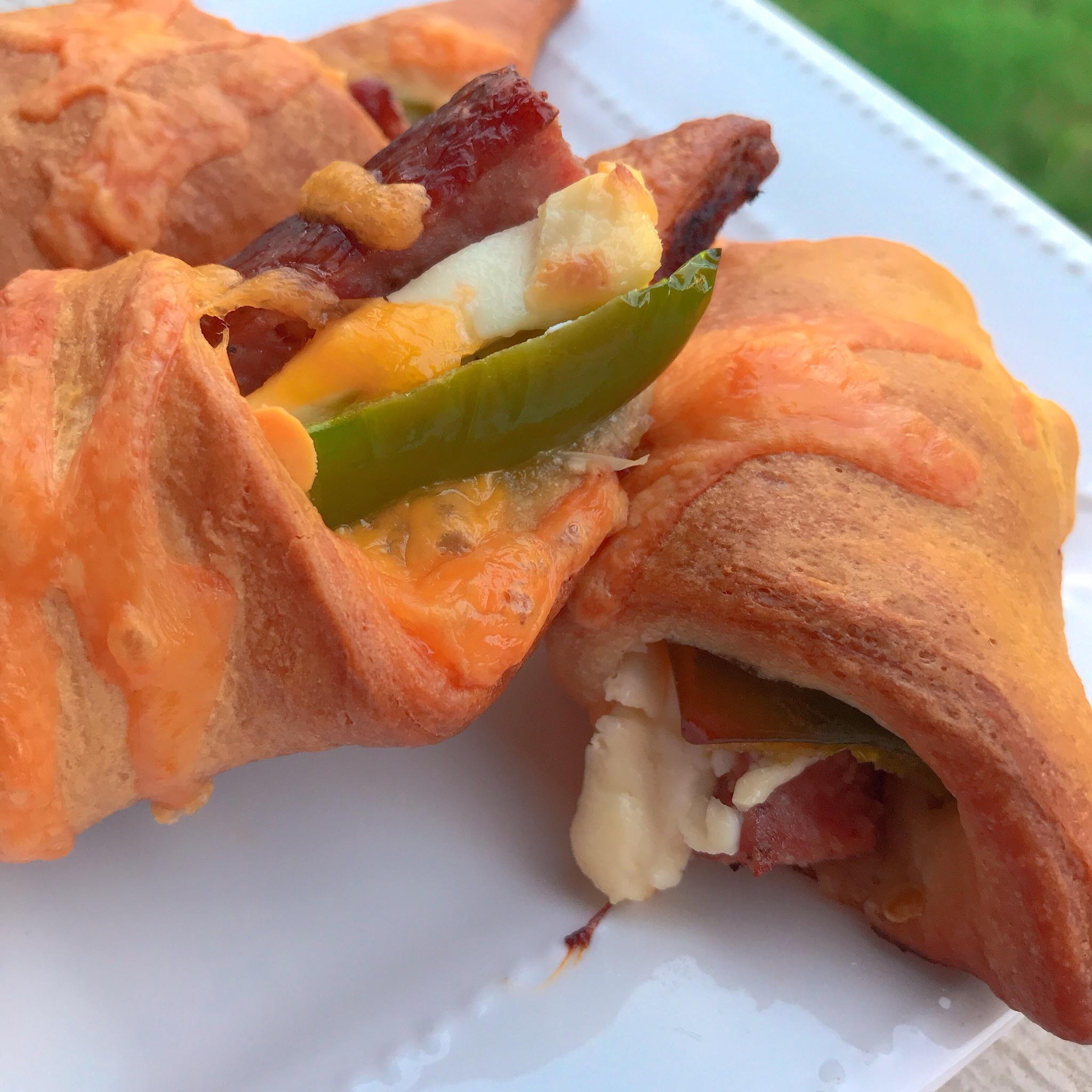 Jalapeno Popper Pigs in a Blanket thedailygourmet