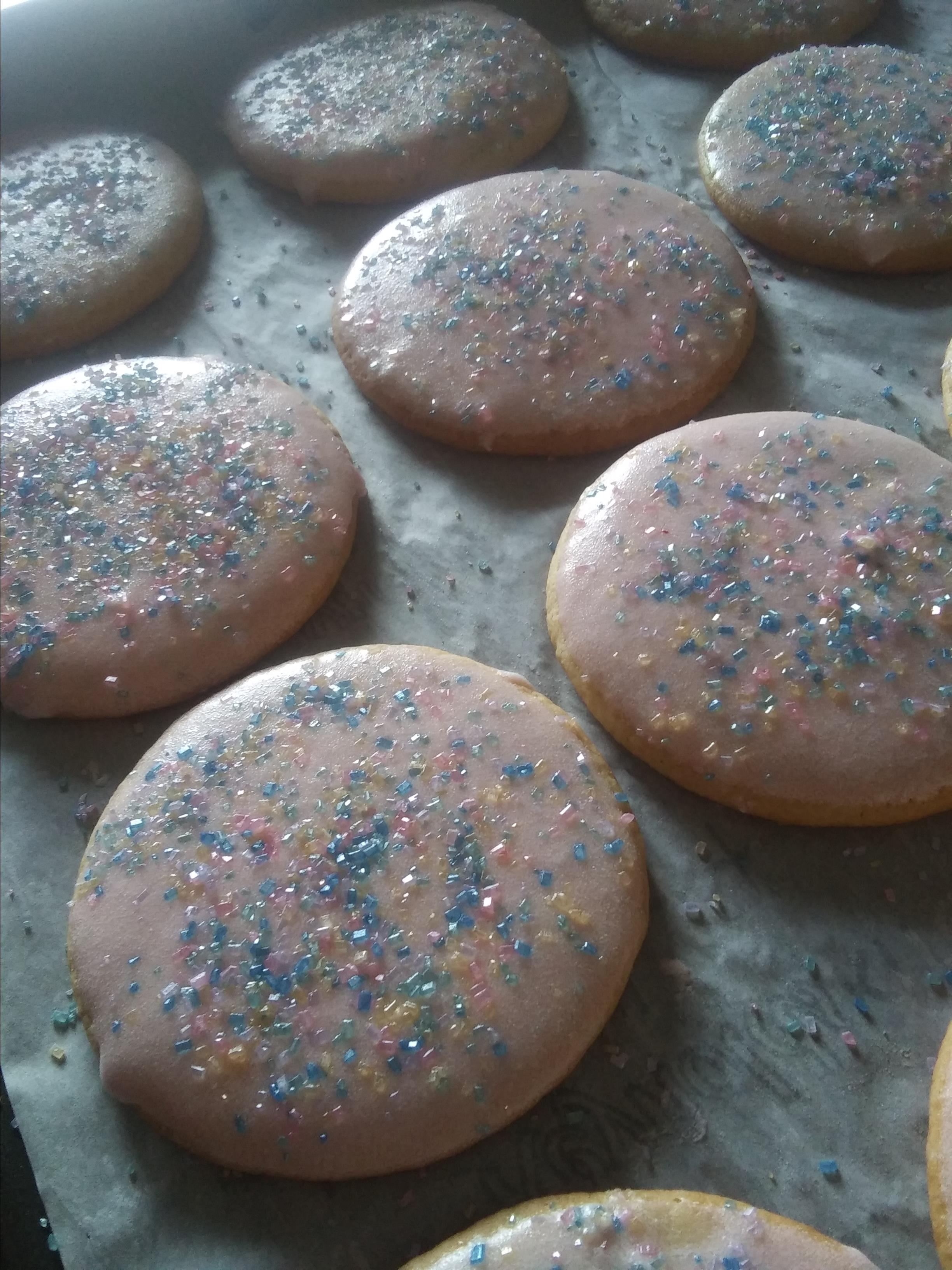 Soft Sugar Cookies V TheSweetLife