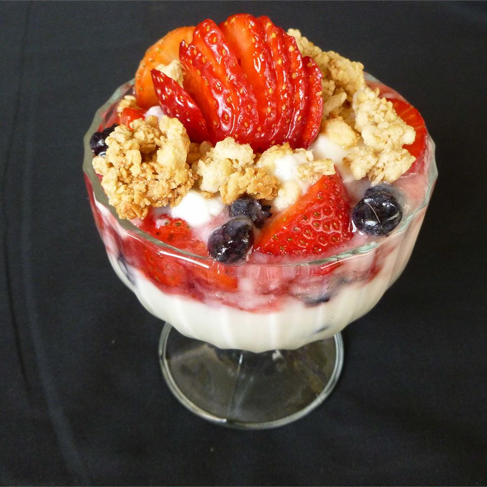 Vanilla Berry Parfaits