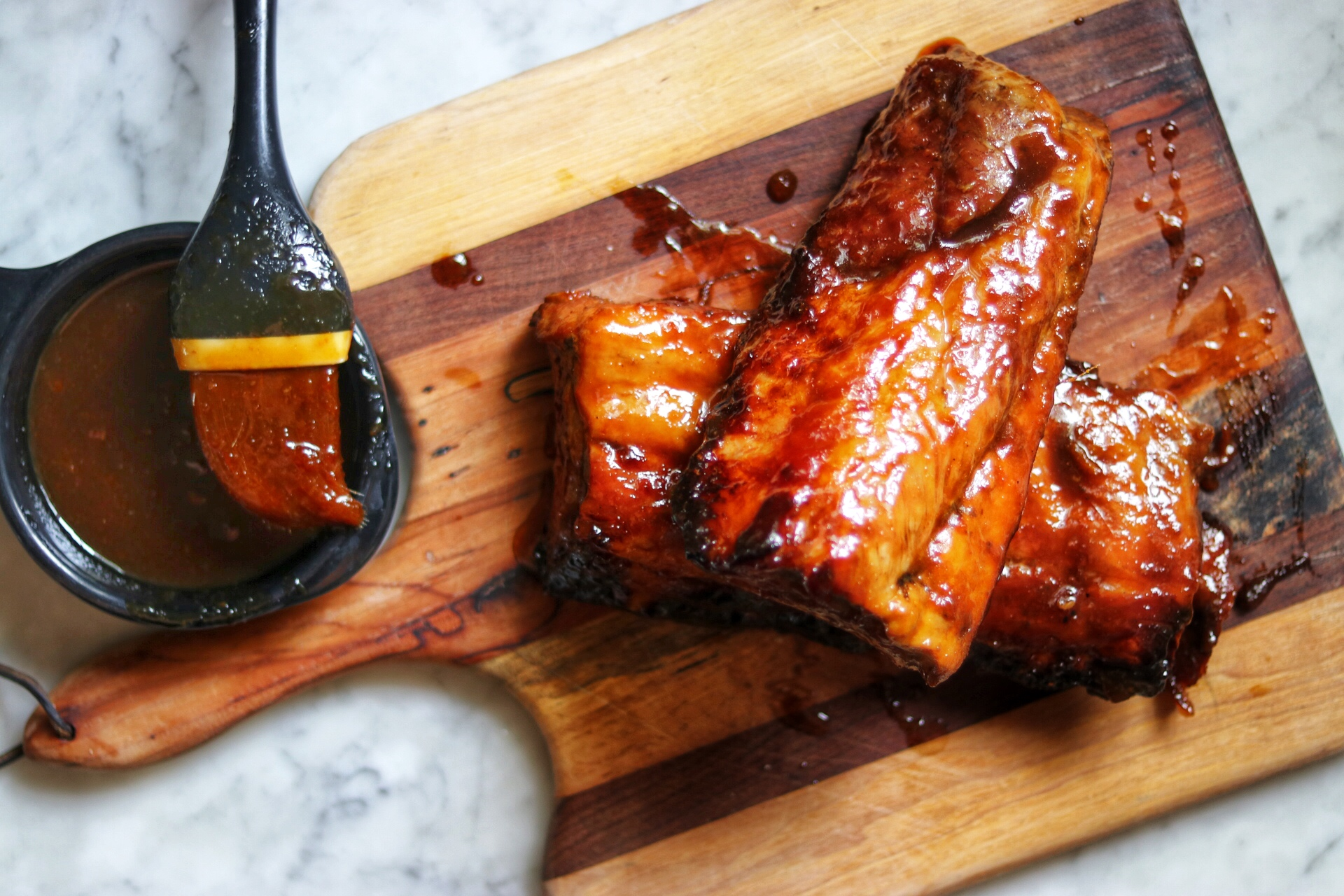 Apricot-Glazed Pork Ribs