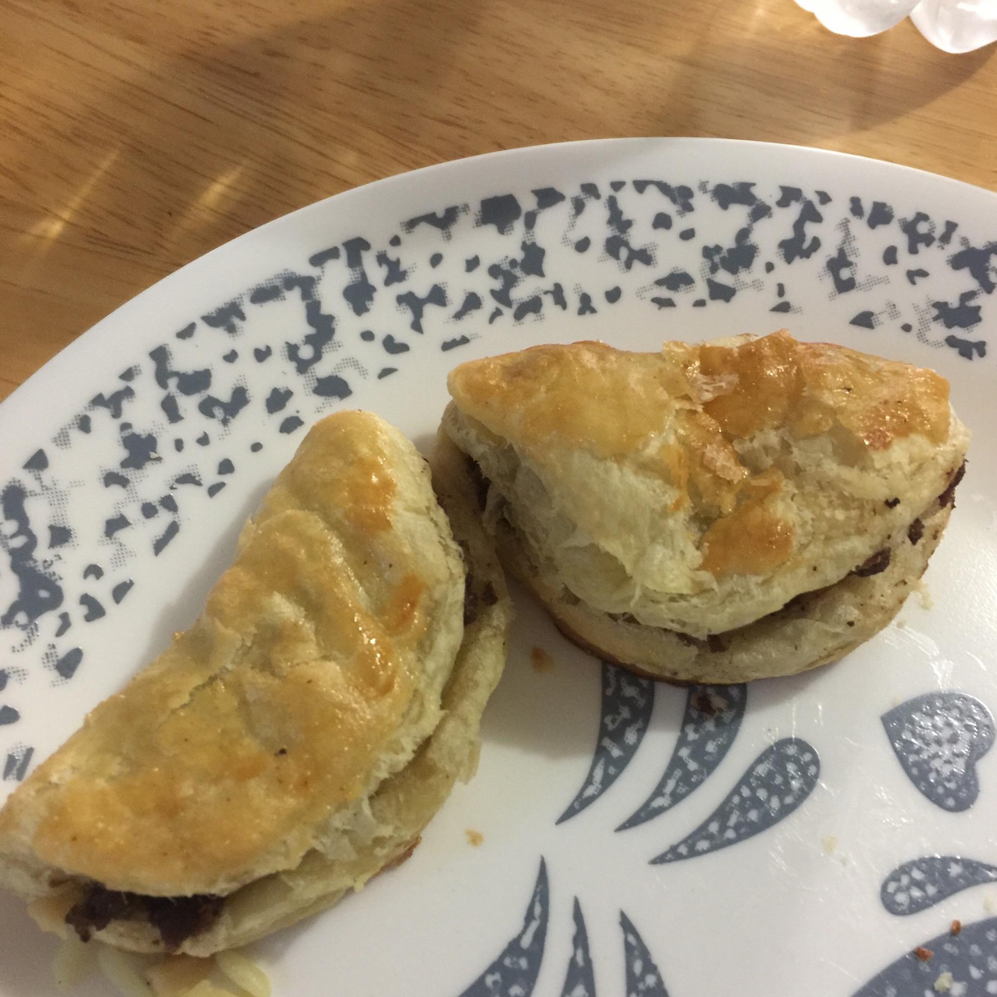 Mediterranean Meat Pies (Sfeeha) Kim