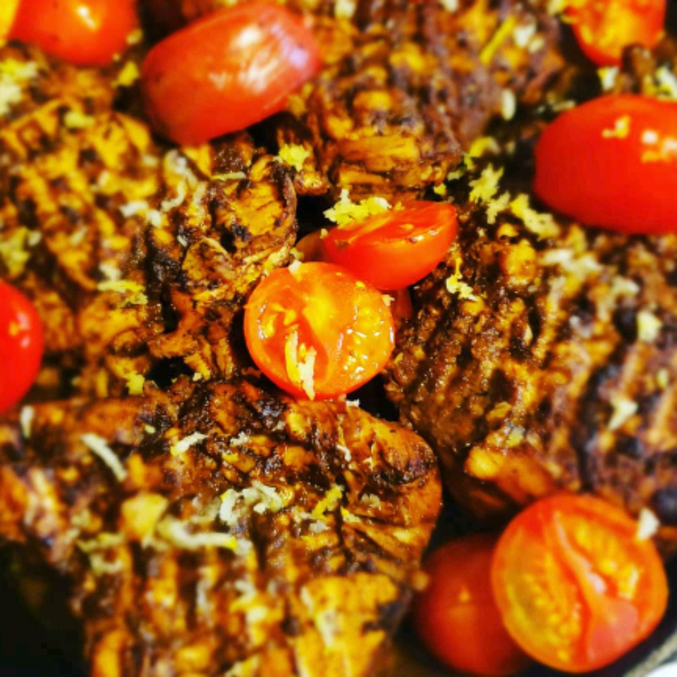 Roasted Balsamic Chicken with Baby Tomatoes Adrianna Carter