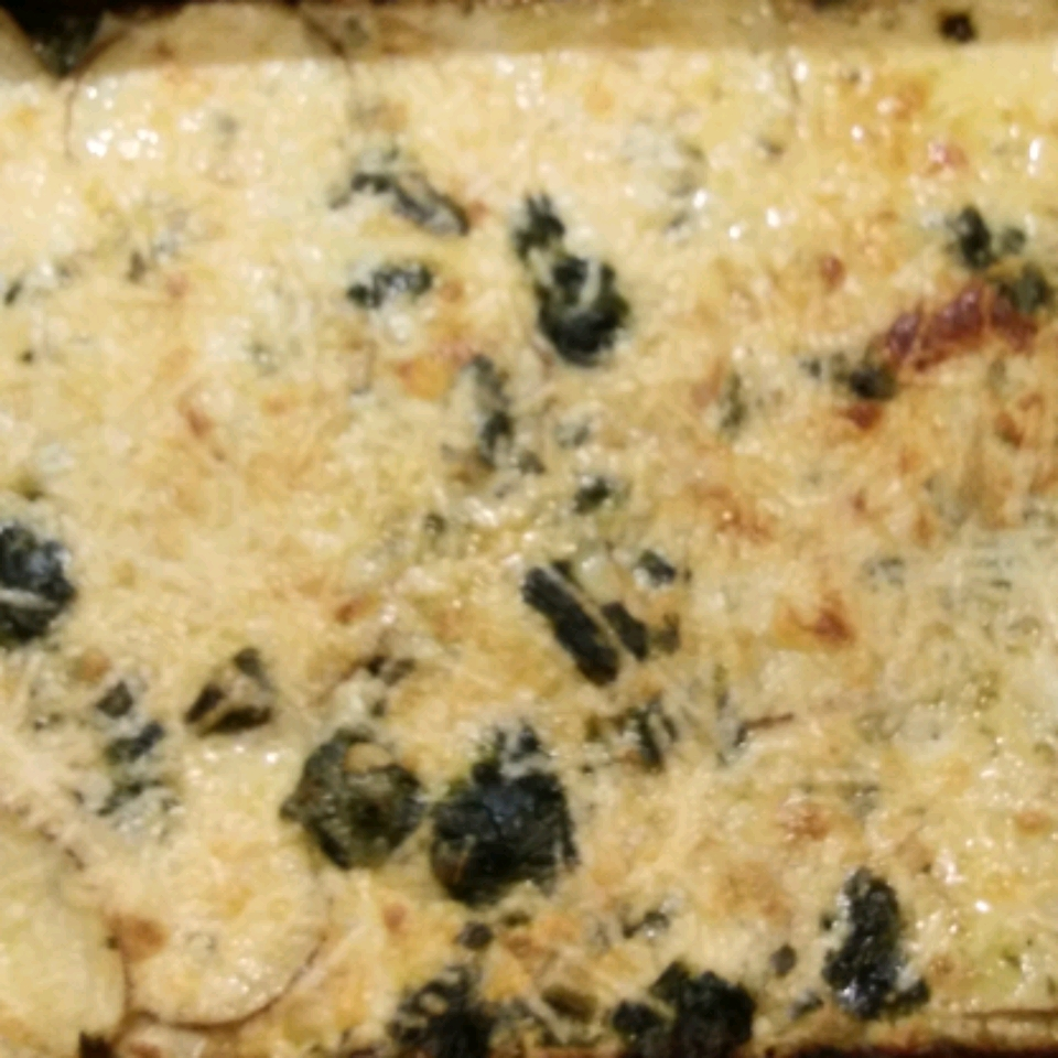 Spinach, Caramelized Onion, and Muenster Au Gratin Potatoes