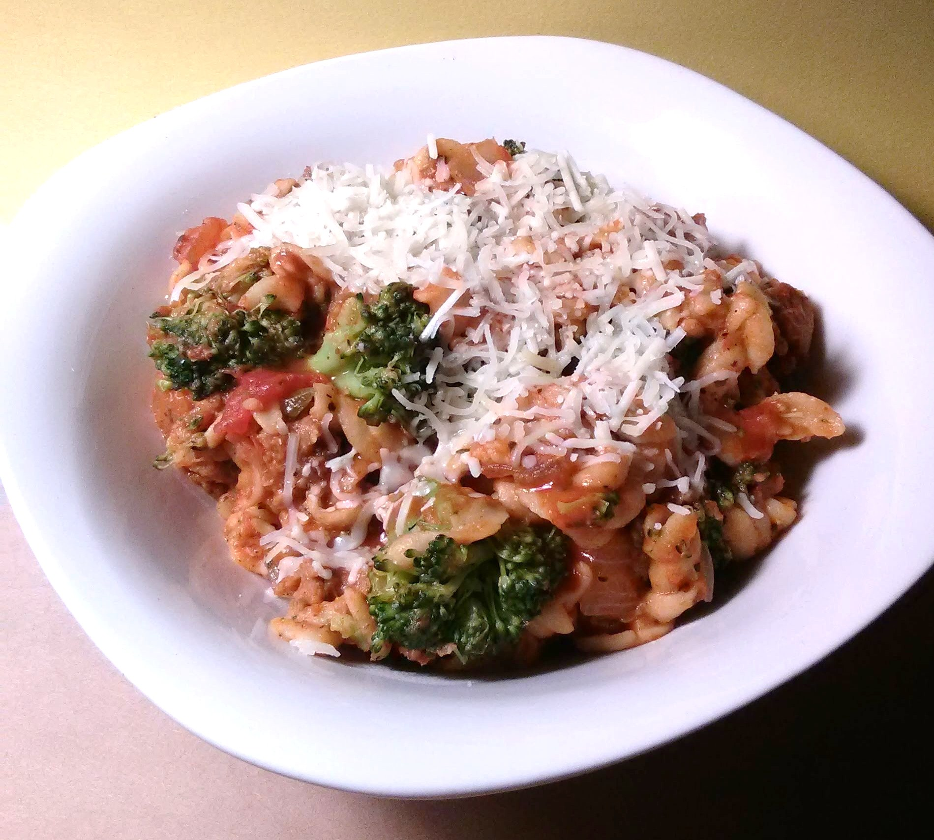 Weeknight Pasta with Broccoli and Ground Turkey