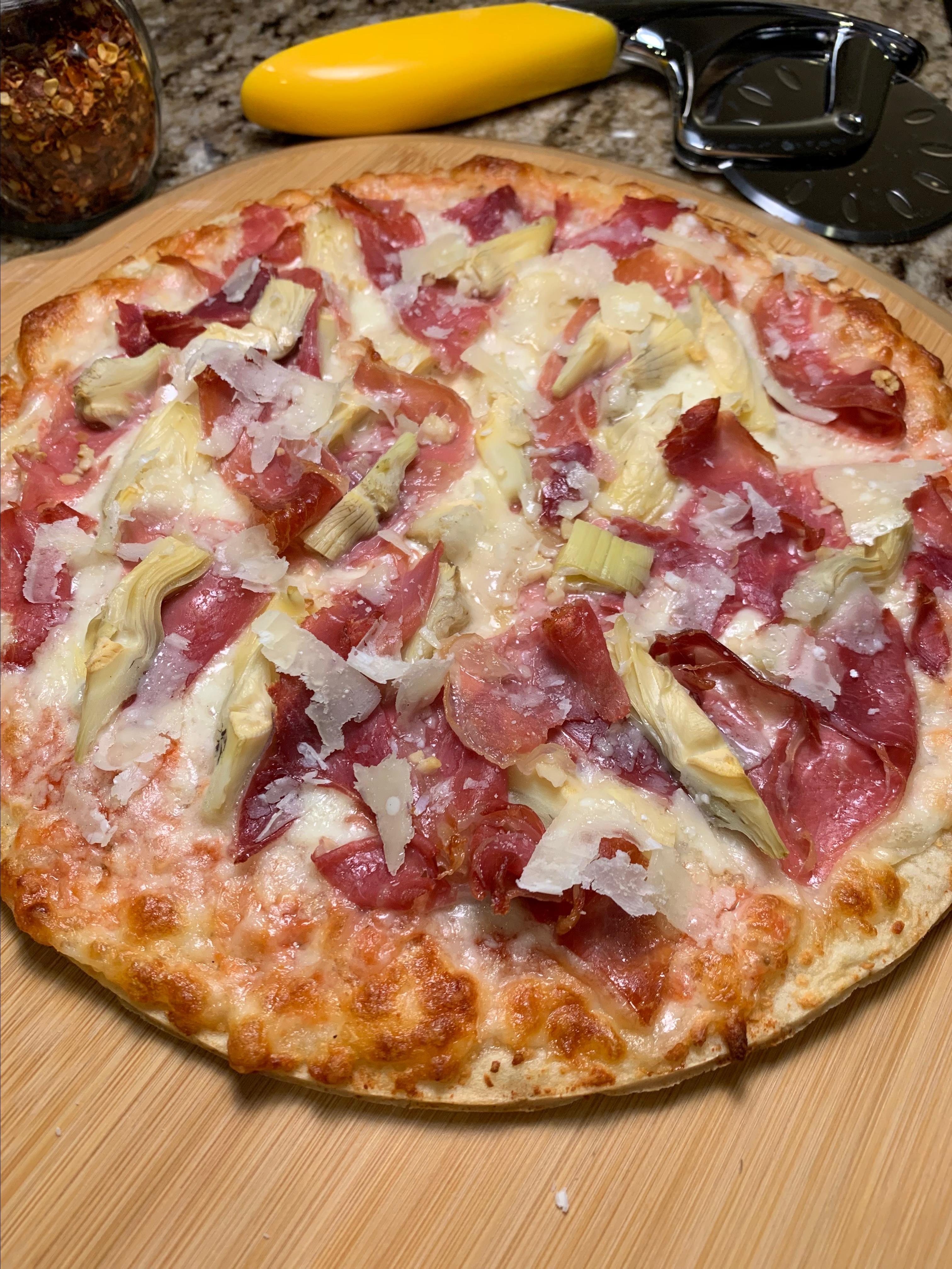 Prosciutto-Artichoke Pizza Howard