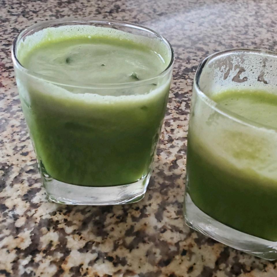 Celyne's Green Juice - Juicer Recipe juanita78