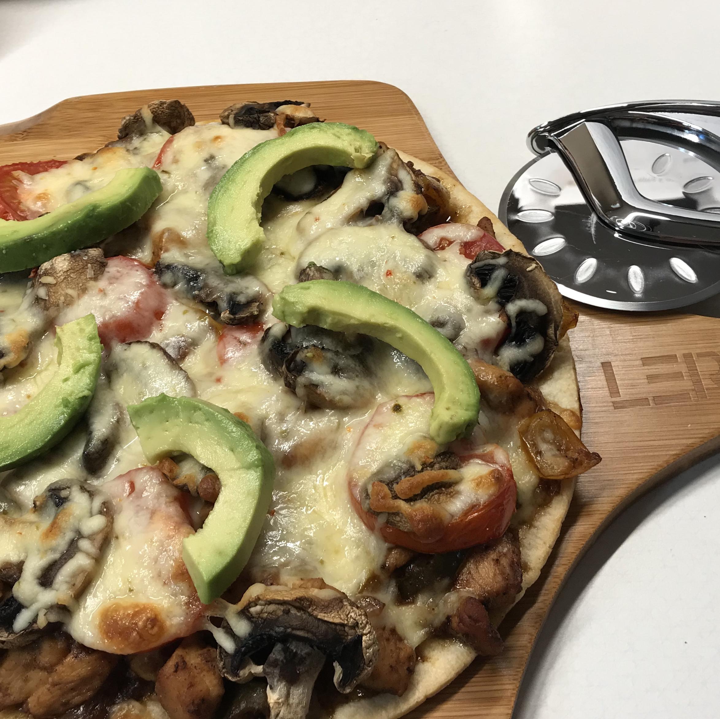 Chicken Fajita Cauliflower Pizza
