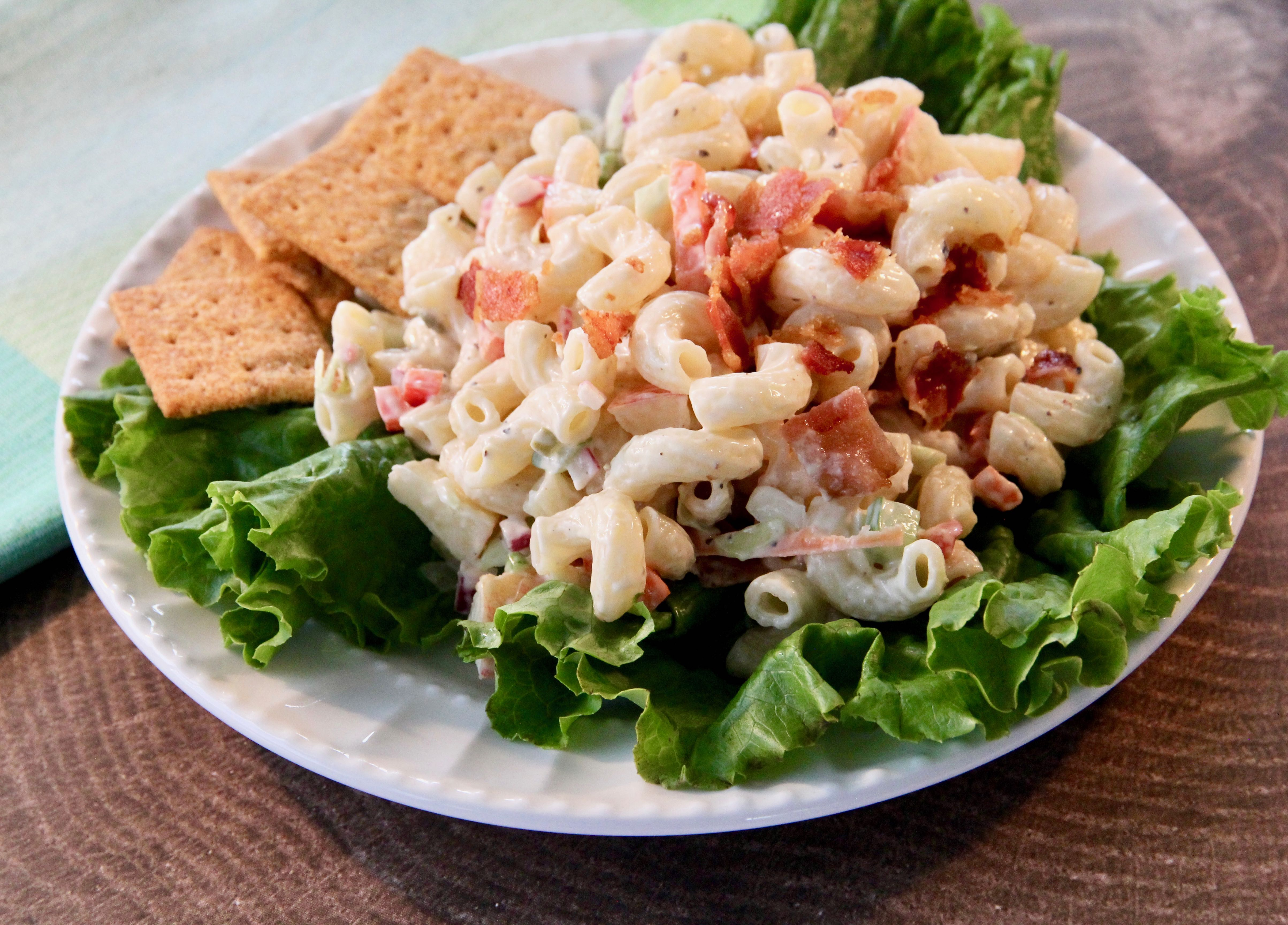 Macaroni Salad with Apples lutzflcat