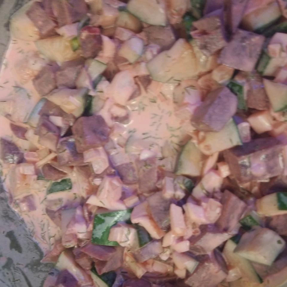 Beet and Cucumber Salad battleangelita