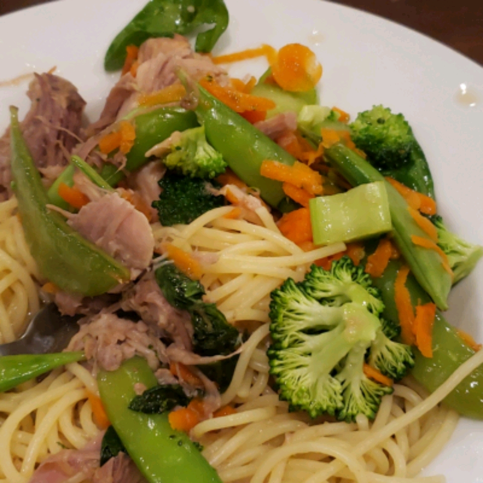 Slow Cooker Lo Mein Brenna Orns